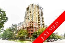 Collingwood VE Apartment/Condo for sale:  2 bedroom 856 sq.ft. (Listed 2020-09-20)